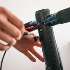 როგორ დავმუხტოთ სწორად ელექტრო სკუტერი