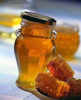 ფალსიგიცირებული თაფლის სახეობები