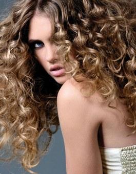 რჩევები თმის ქიმიურ დახვევამდე და დახვევის შემდეგ